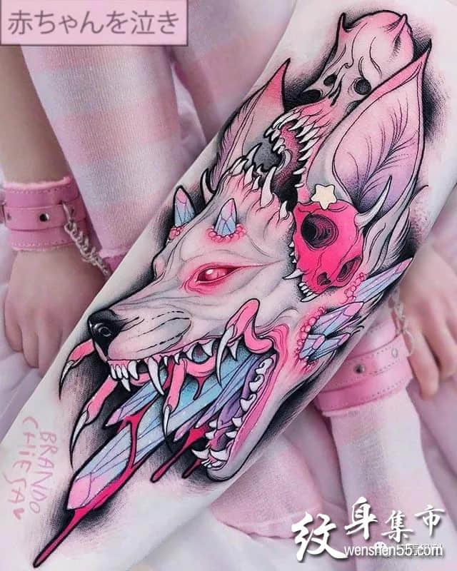 二次元纹身,彩色纹身女