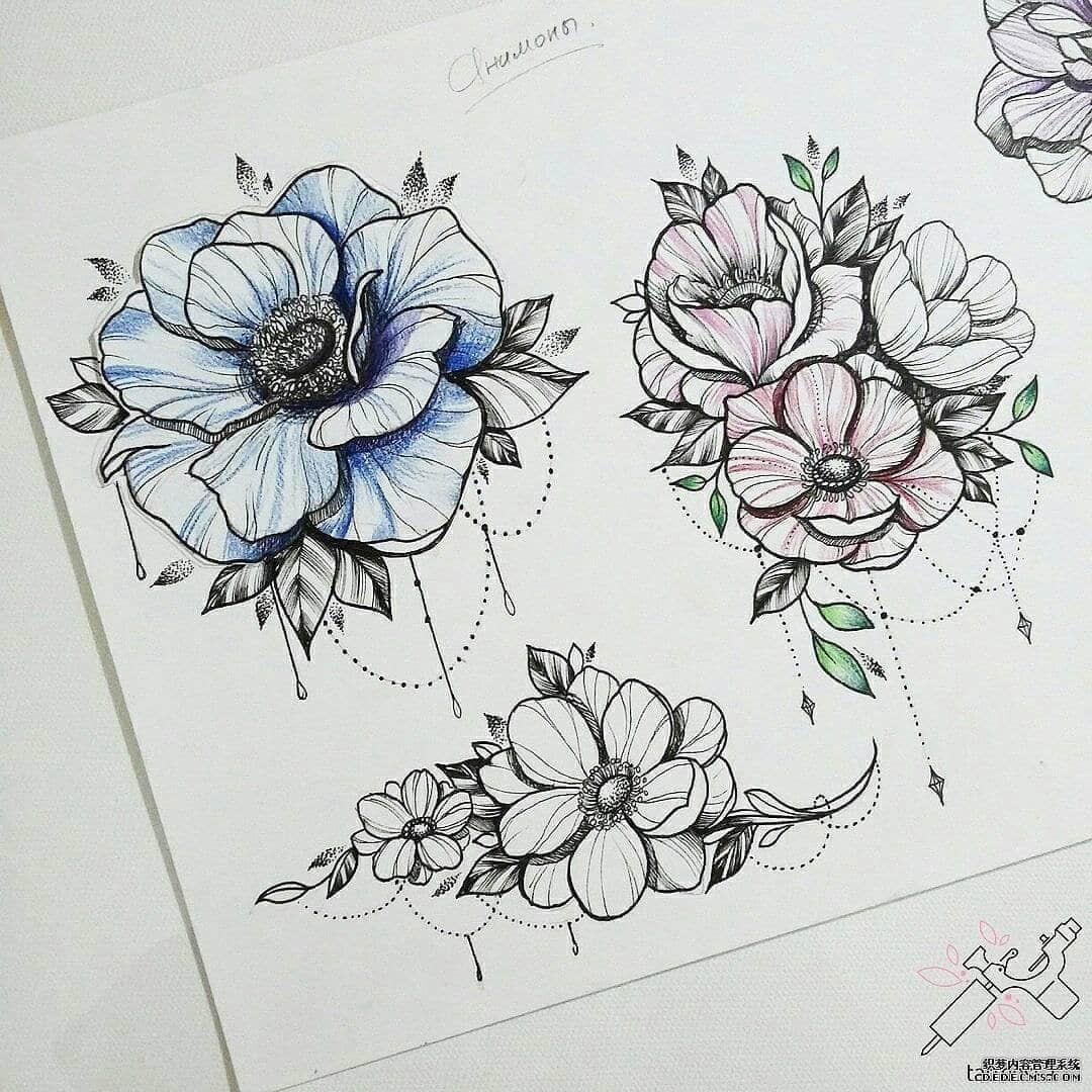 彩色花纹身手稿