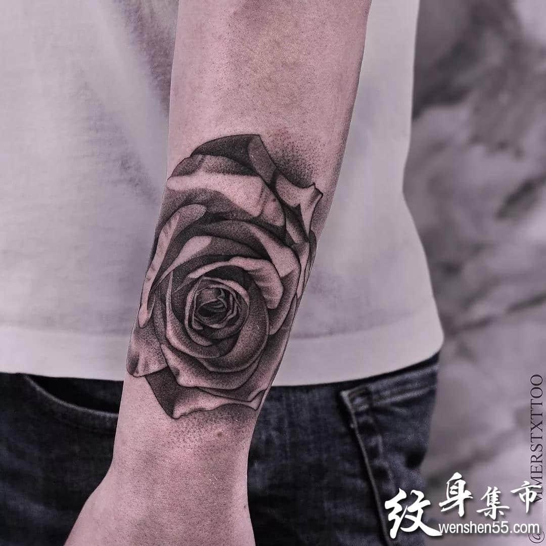 黑灰写实纹身,黑灰写实纹身手稿,黑灰写实纹身手稿图案
